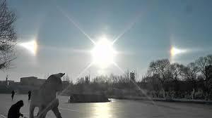 Το σπάνιο οπτικό φαινόμενο του «ηλιακού σκύλου» (βίντεο)