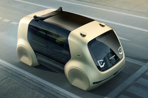 """فولكسفاغن تكشف عن نموذج سيارتها ذاتية القيادة """"Sedric"""""""
