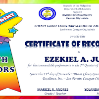 Diploma awards and certificates for end of school year rites 2018 editable quarterly awards certificate template yadclub Image collections