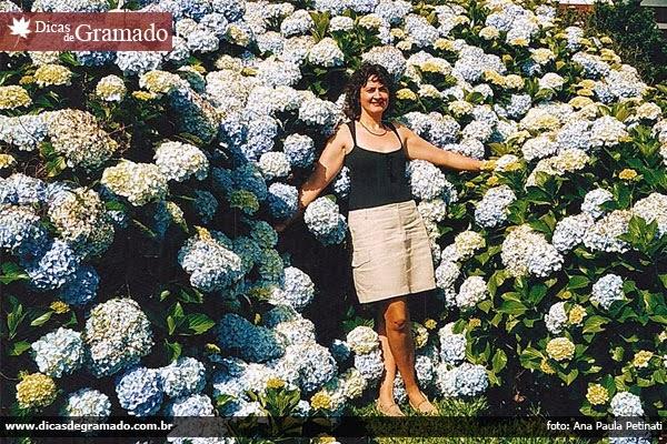 Marcia Leite, amiga de Ana Paula, também se deslumbrando com as hotrênsias do Lago Negro.
