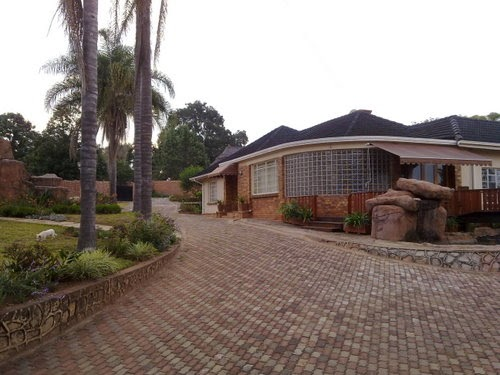 Executive Home In Mutare Zimbabwe Luxury Mansions And