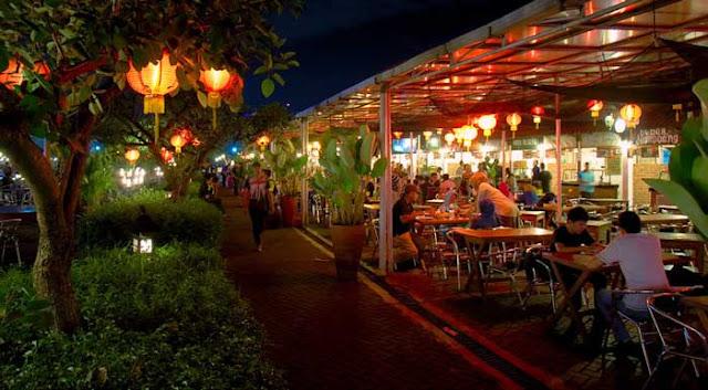 Wisata Kuliner Paskal Food Market