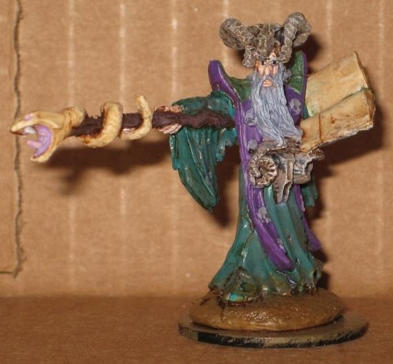 Reaper Bones 77174 Leisynn Mercenary mage
