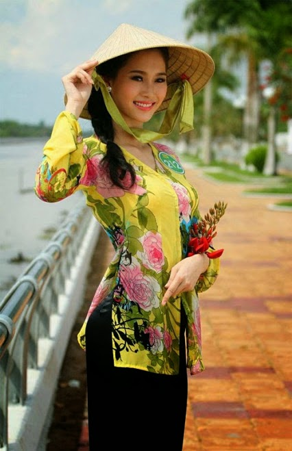 What are characters of Vietnamese girl?