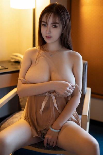 [YouMi尤蜜荟] 2019.06.19 Vol.320 易陽Silvia