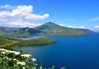 Danau Paniai Paling Indah di Papua