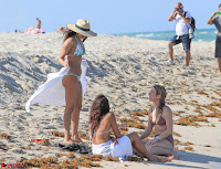 Priyanka Chopra in White Green Bikini in Miami Day 4   Stunning Beauty ~  Exclusive 04.jpg