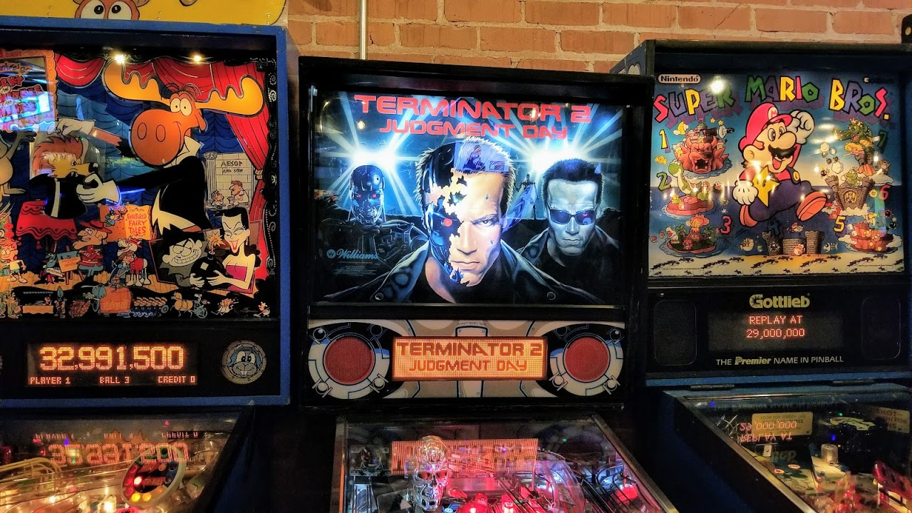 Pinball machines at Ready Player One, Detroit