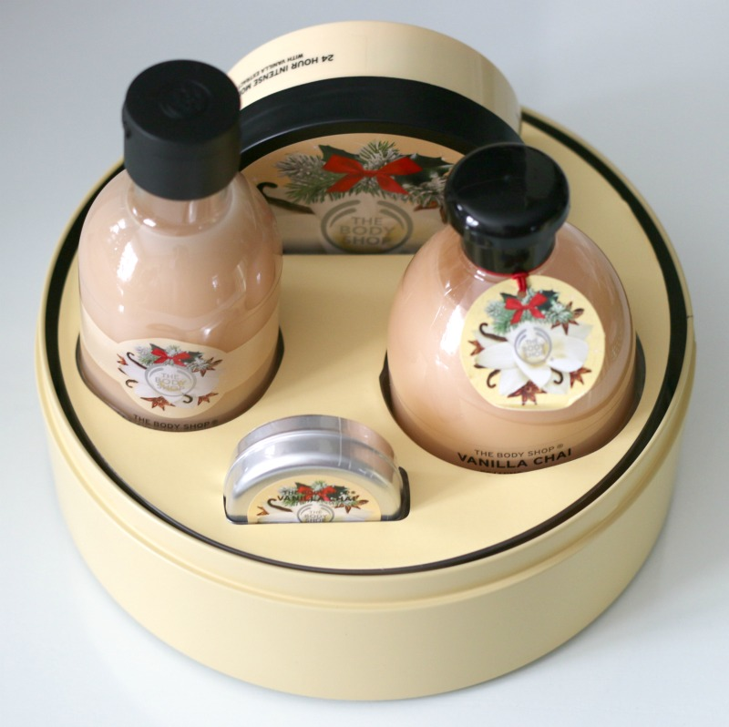 The Body Shop Vanilla Chai Tin Of Delights Gift Set