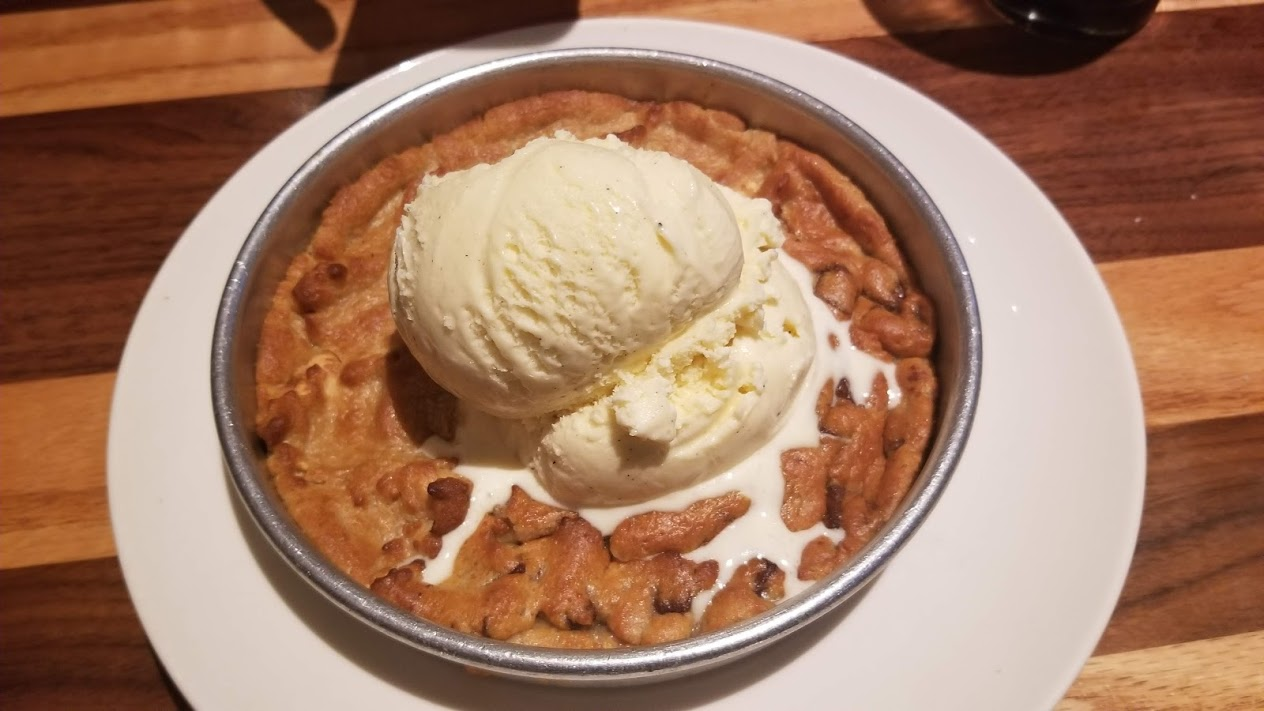 Pizookie (pizza-shaped cookie) at BJ's Brewhouse, Livonia, MI