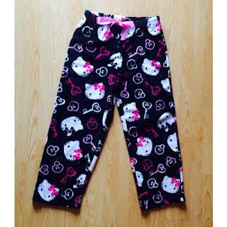 Gambar Celana Hello Kitty untuk Perempuan 3