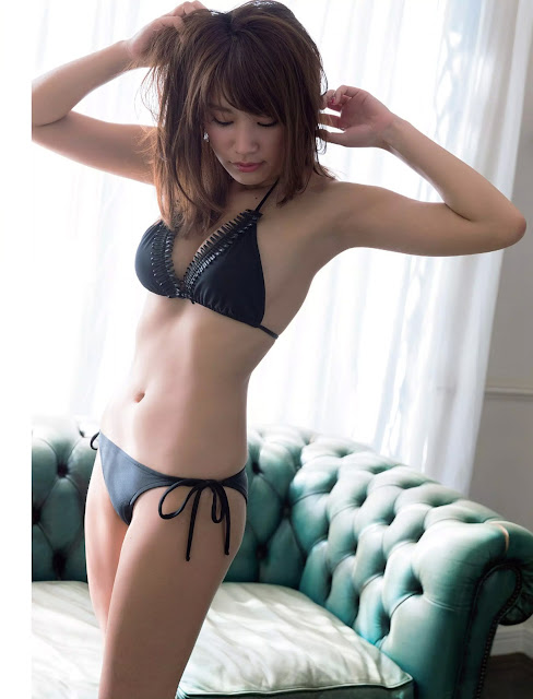 久松郁実 Ikumi Hisamatsu Flash 2016 March Pictures 4