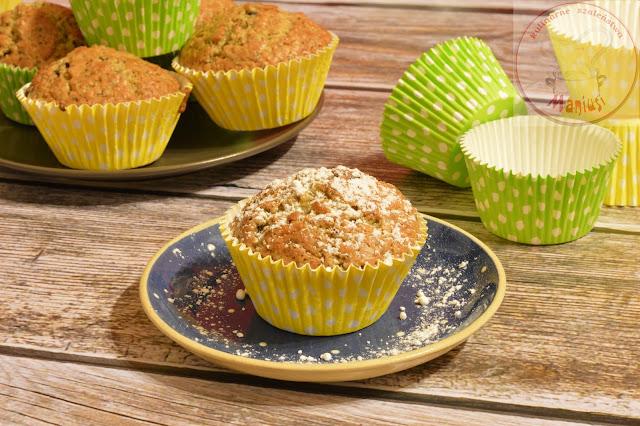 Muffinki cytrynowe z czekoladą