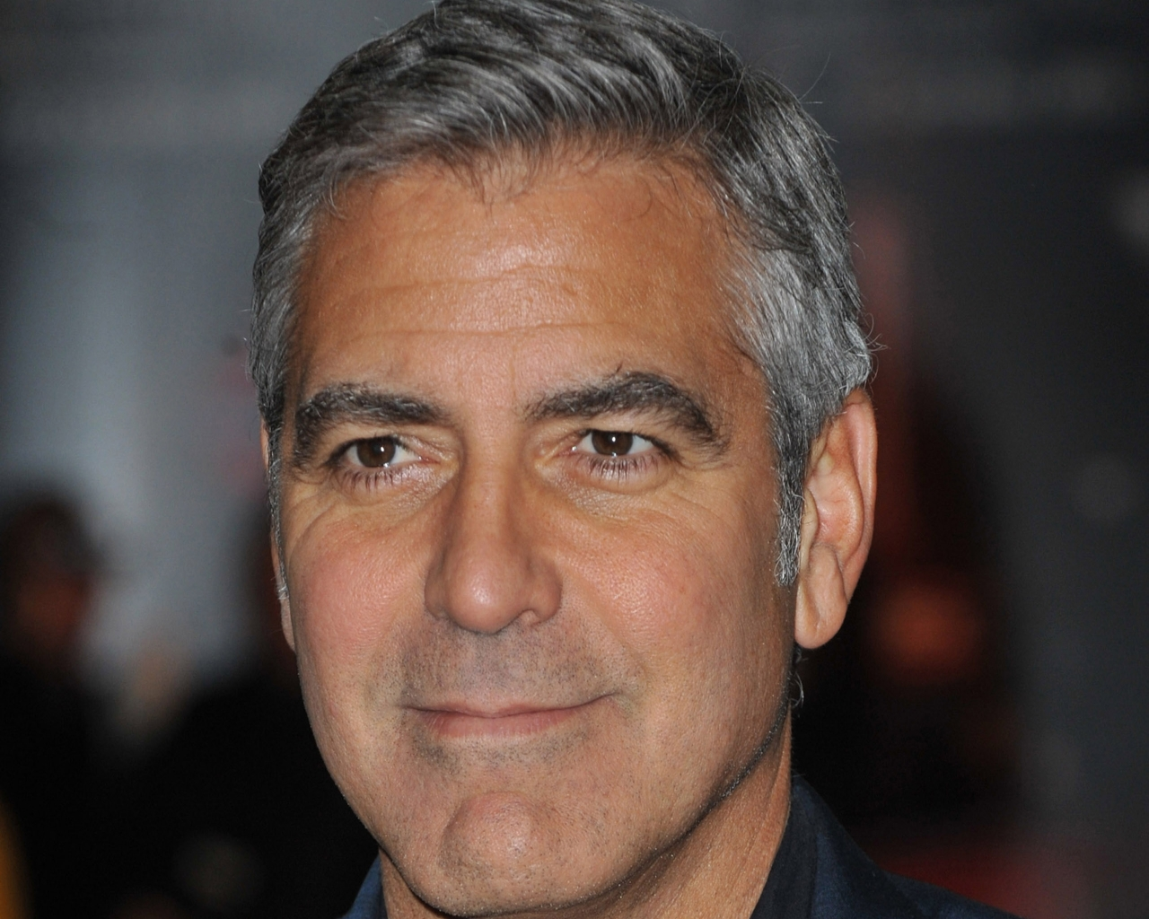 George Clooney Cool Short Hairstyle Men Hairstyles