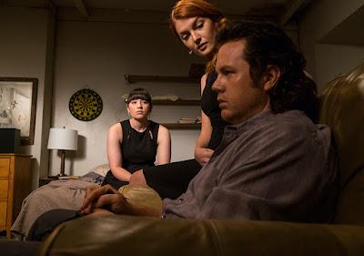 Tanya (Chloe Aktas), Frankie (Elyse Nicole DuFour) and Eugene Porter (Josh McDermitt) nell'episodio 11