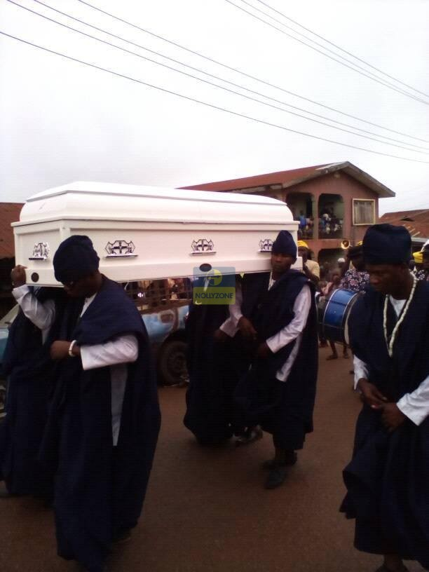 Checkout These Photos From Late Veteran Actor Adebayo Faleti's Burial...