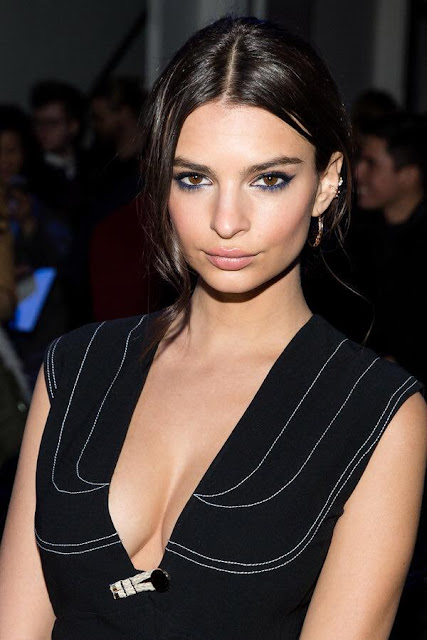 Emily-Ratajkowski-Wallpapers