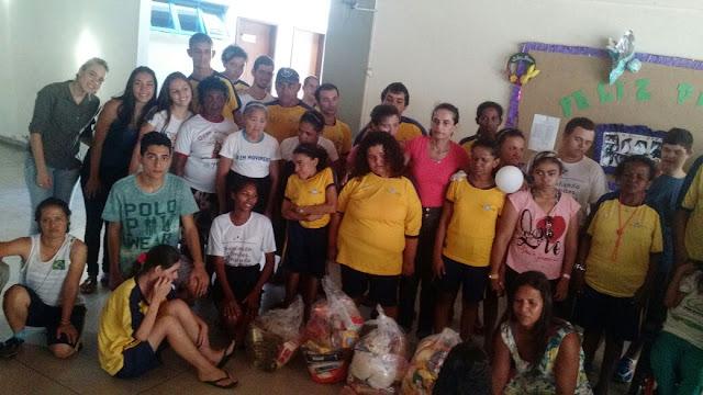 Grupos da JM da cidade de Palmas realizam Páscoa Solidária