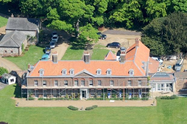 Seeks Ghosts William And Kate S Haunted Home