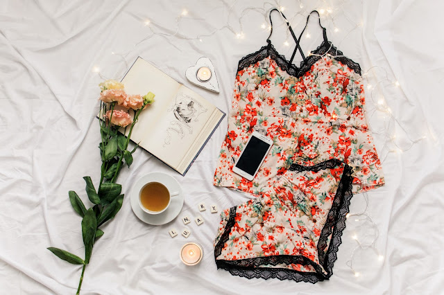 Idealna na upały (i nie tylko) piżama Amy Beige od Lunaby - produkt miesiąca #07