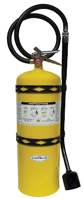 Amerex Class D Dry-Powder Extinguisher with Wall Bracket