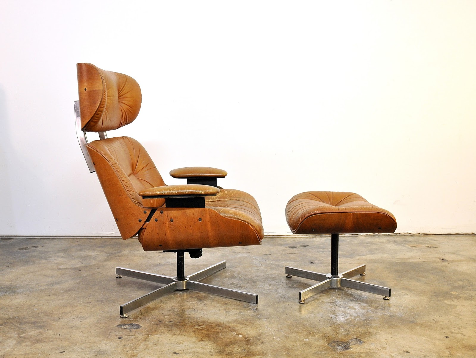 Selig Eames Chair Sleeper Costco Select Modern Frank Doerner For Style