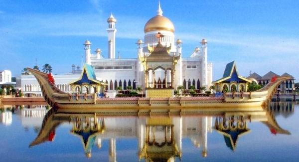 Masjid Sultan Omar Ali Saifuddien