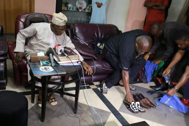 Ikpeazu presents pair of Aba-made shoes to Obasanjo