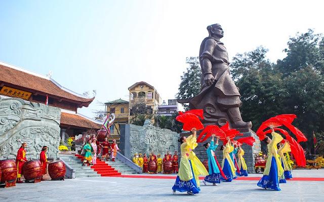 Spring in Vietnam is the season of festivals 2