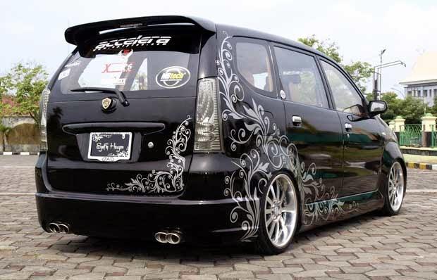 Modifikasi Mobil Daihatsu All New Xenia Li Deluxe Hitam