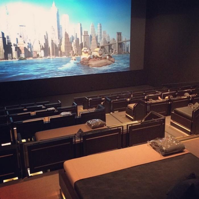 Phát sốt với rạp cinema giường nằm siêu đẳng cấp chỉ có ở Sài Thàn8h