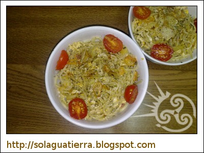 Espaguetis con ajo y aceite. Opcional añadir huevo.