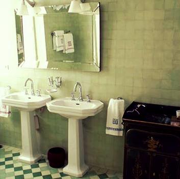 une villa art d co sur la c te basque blog d co mydecolab. Black Bedroom Furniture Sets. Home Design Ideas