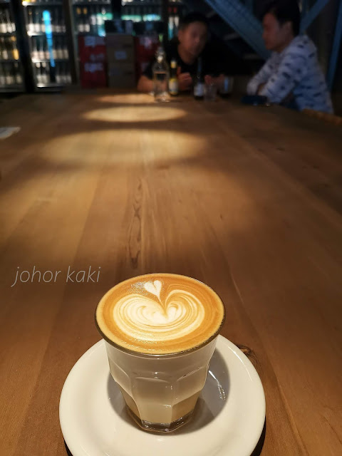 Cafe Hopping Guide in Taipei for Stylish Coffee Geeks with Class