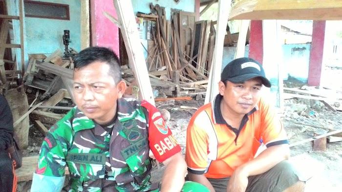 Paska Gelombang tinggi Desa Sukaraja Kec.Rajabasa Mulai  Di Evakuasi.