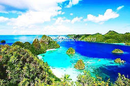Explore Keindahan Papua Ala Backpackers
