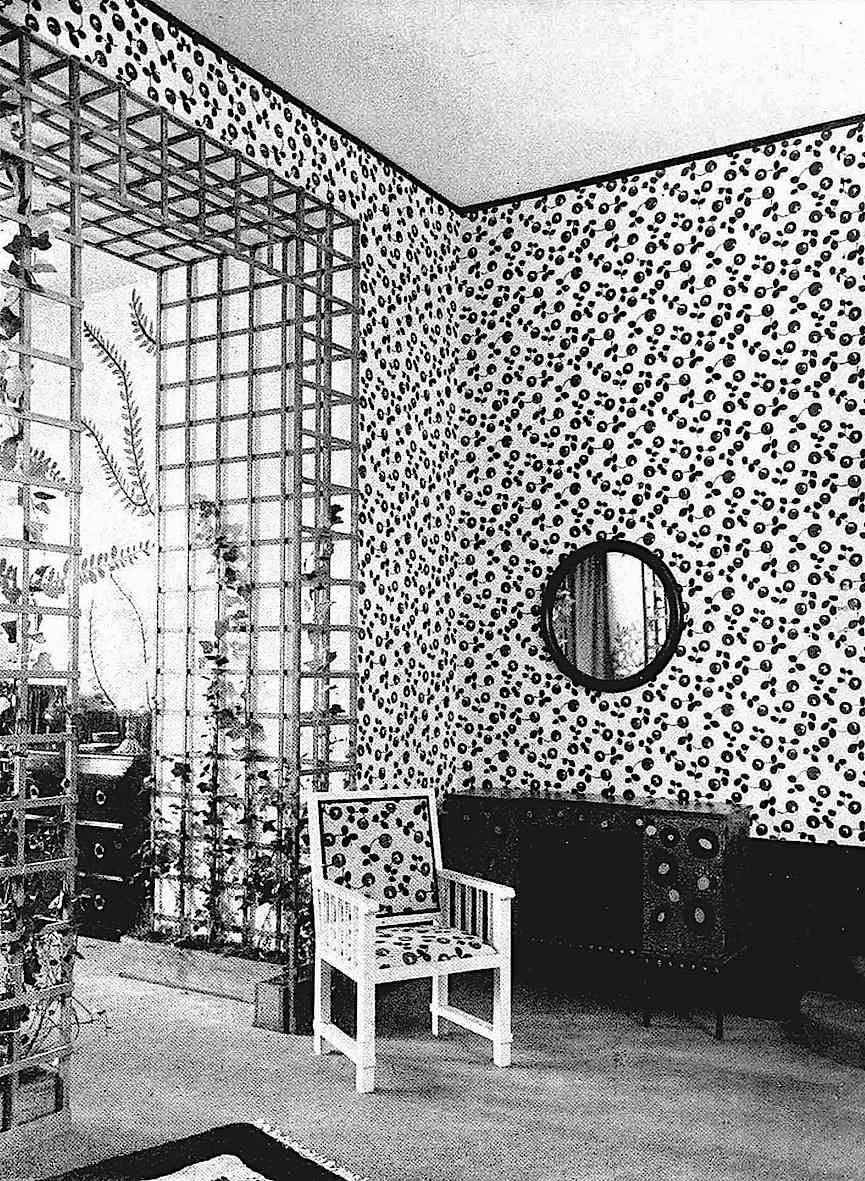 Paul Poiret interior 1913, a photograph