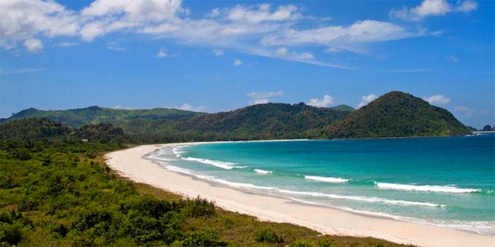 wisata pulau lombok Pantai Selong Belanak