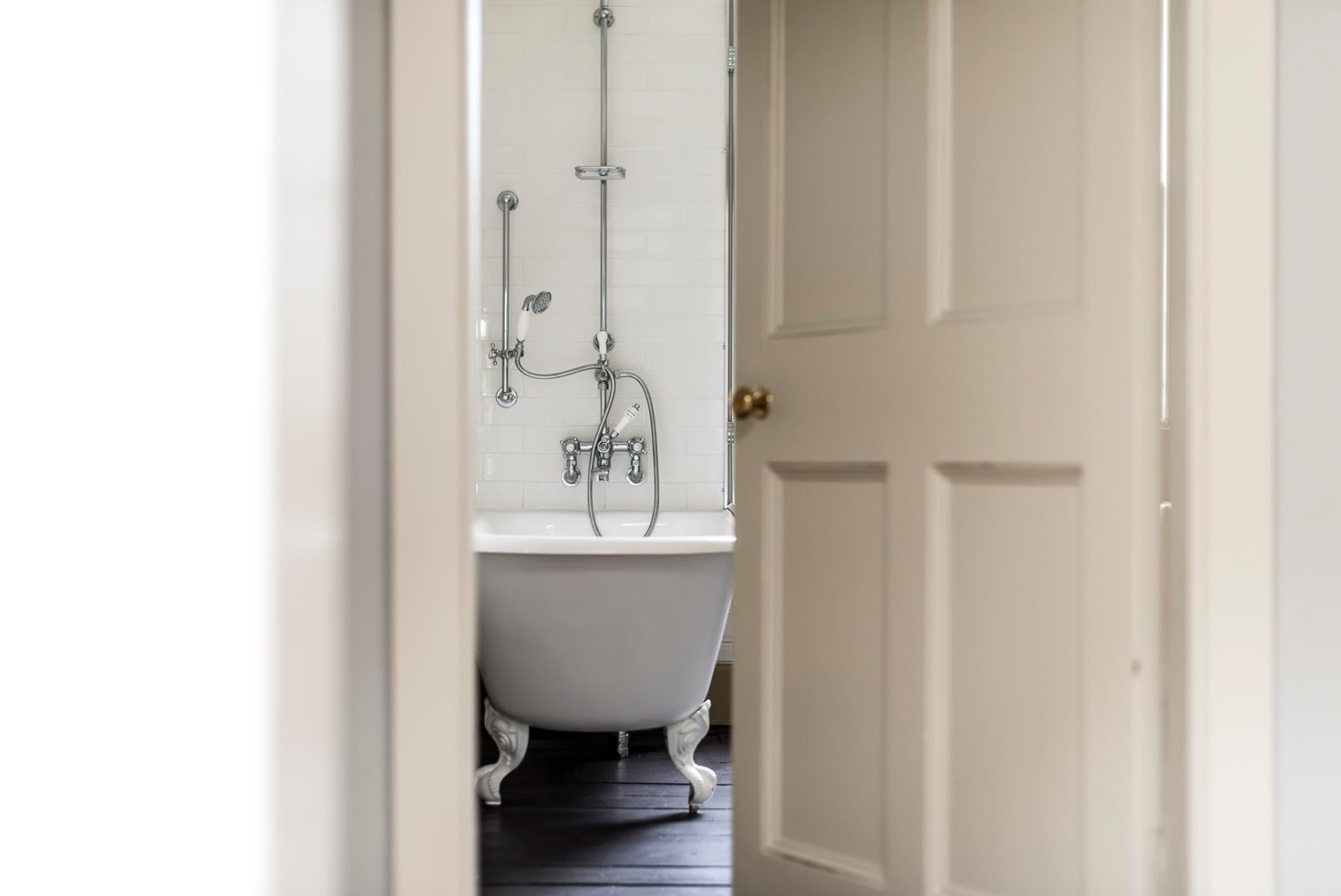 Inspiring interior design in a beautiful Scottish stone farmhouse bathroom on Hello Lovely Studio