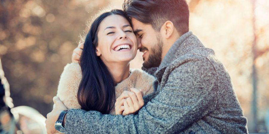 Dating με νεότερο άτομο μετά το διαζύγιο
