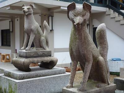 博労稲荷社狛犬