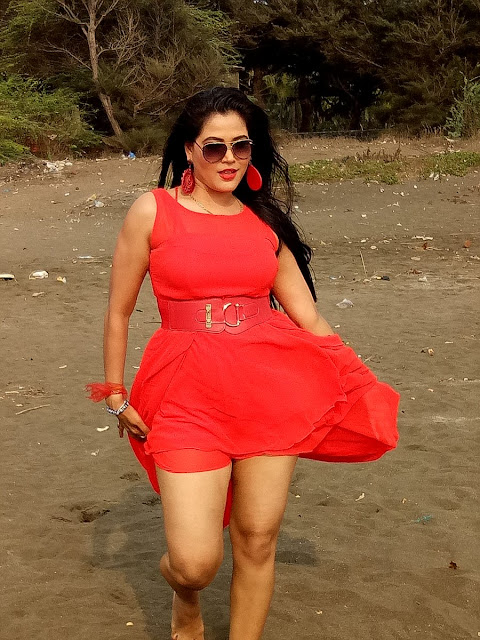 Pictures of Bhojpuri Movie Actress Seema Singh