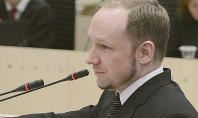 Breivik at the microphone
