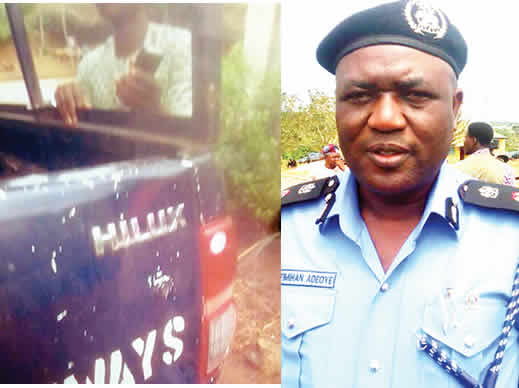 Bribe-collecting policemen handcuff passenger to vehicle after driver escaped