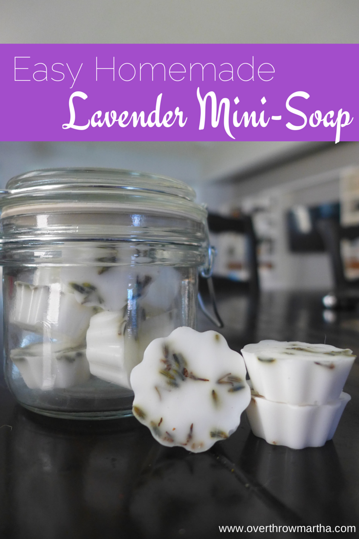 Easy Homemade Lavender mini-soaps that take only minutes to make! #DIYgifts #DIYbeauty