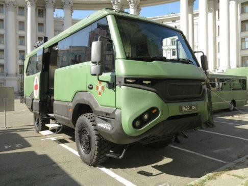 автобус-позашляховик Torsus Praetorian