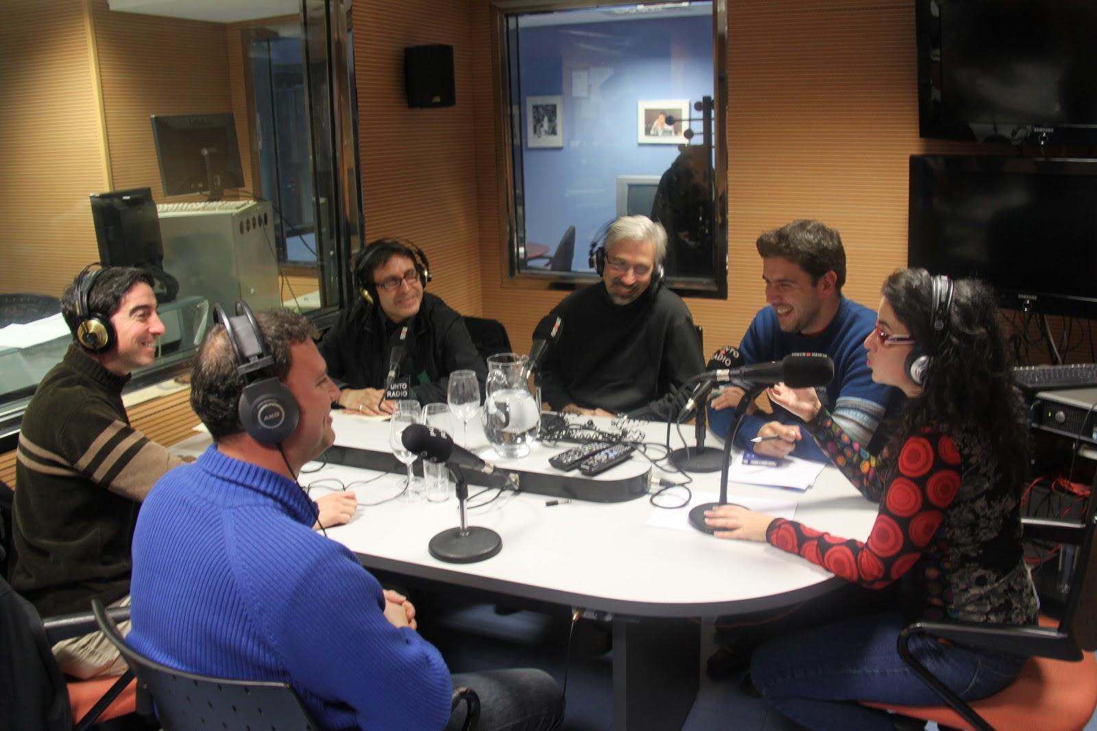 En los estudios de Punto Radio