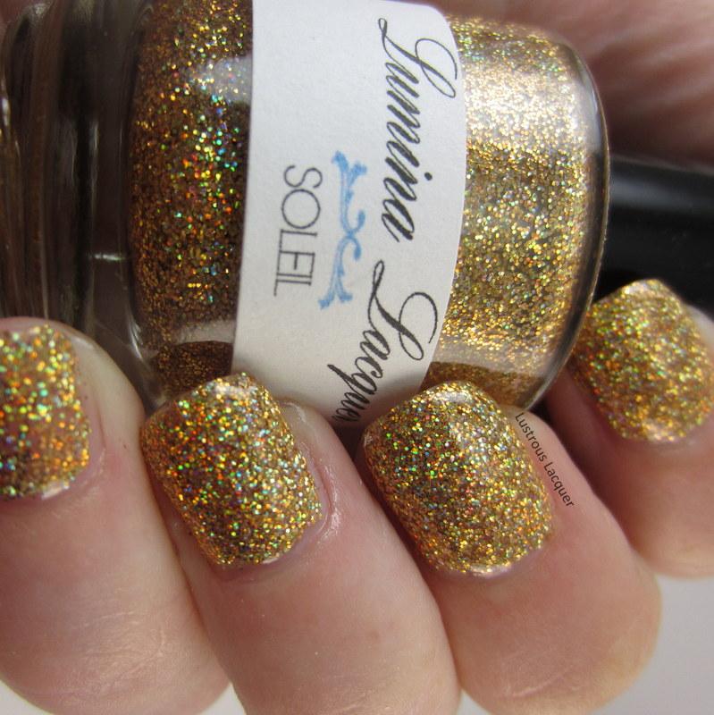 Gold-Hologrpahic-indie-nail-polish