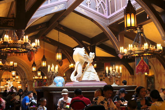 Royal Banquet Hall in Disneyland Hong Kong