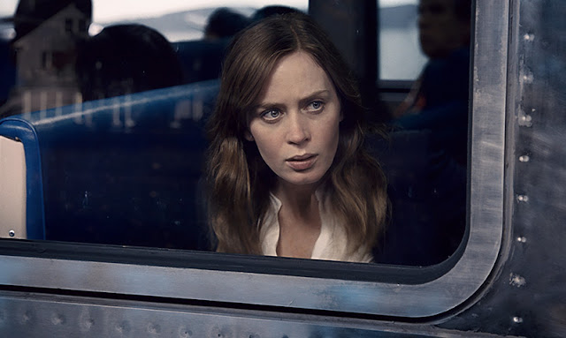 The Girl on the Train Official Trailer